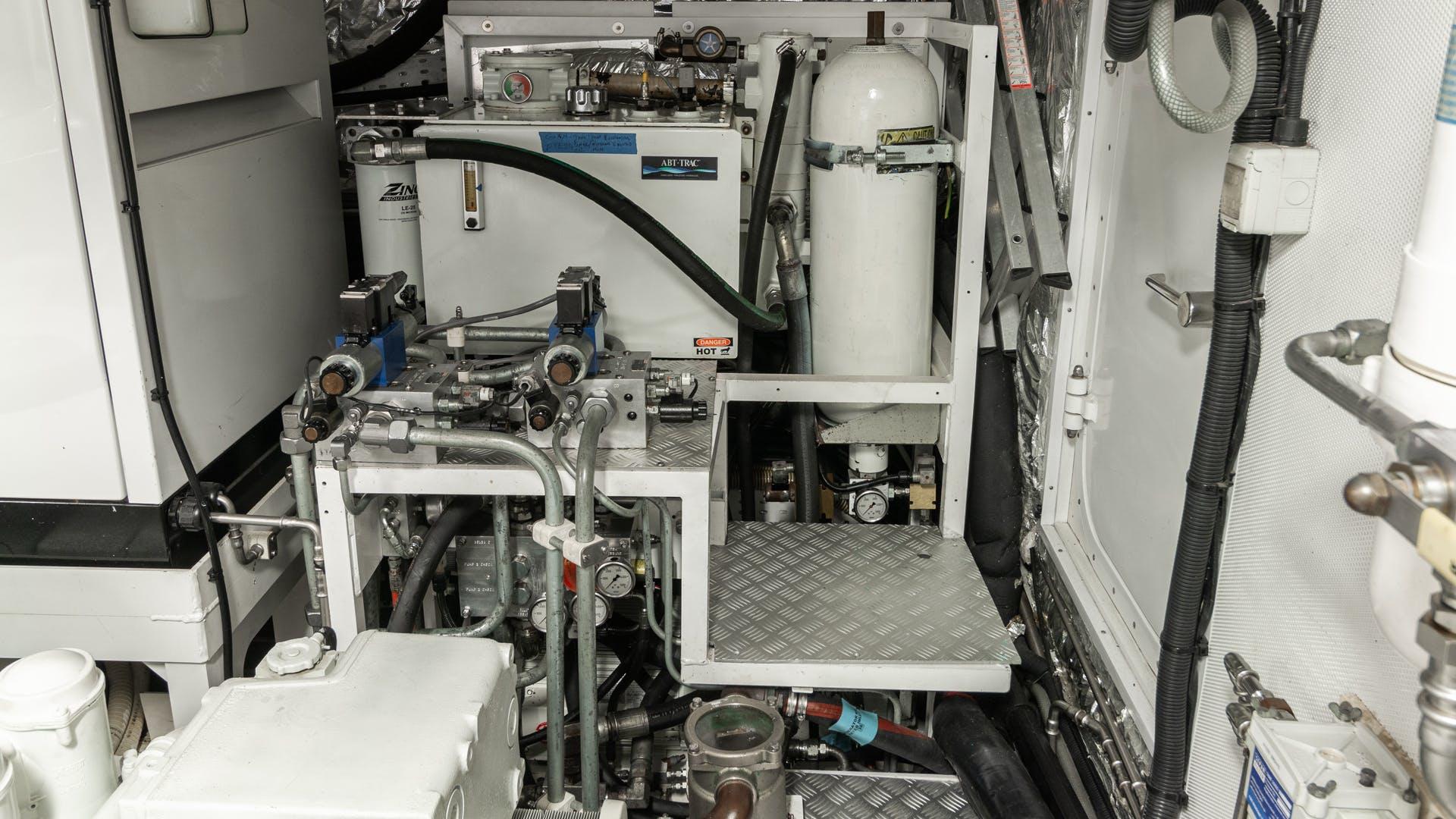 2011 Princess 95' Motoryacht Love N Life | Picture 4 of 37