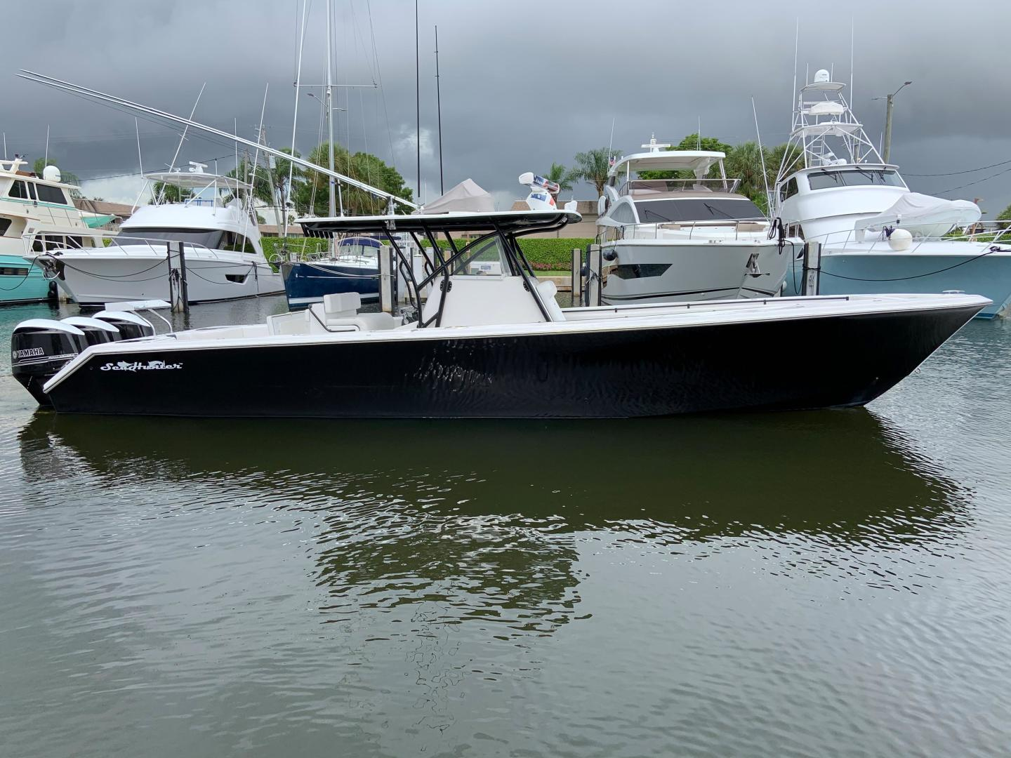 37' SeaHunter 2014 Tournament 37 ONE FISH TWO FISH