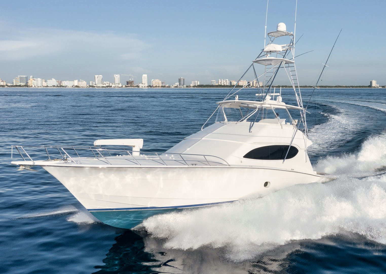 2008 Hatteras 68' 68 Done Deal | Picture 5 of 51