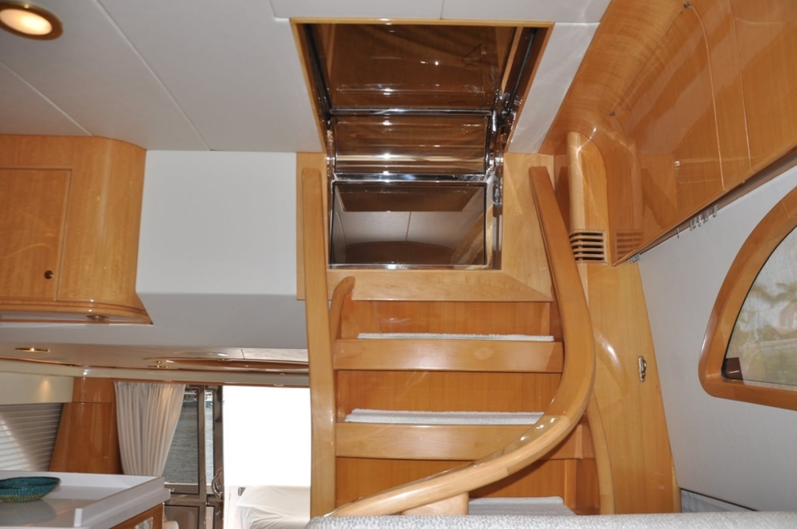 2003 McKinna 58' 58 La Linda Vida | Picture 4 of 29