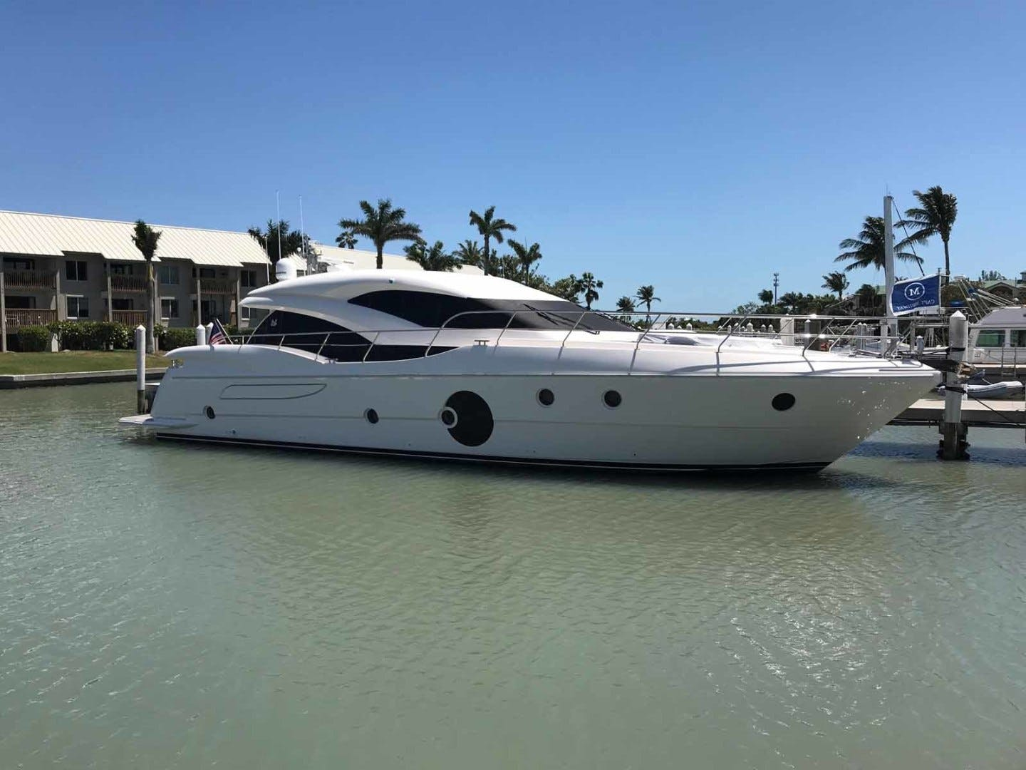 2016 Neptunus 65' Express CAPTAIN HIGHWAY | Picture 4 of 57