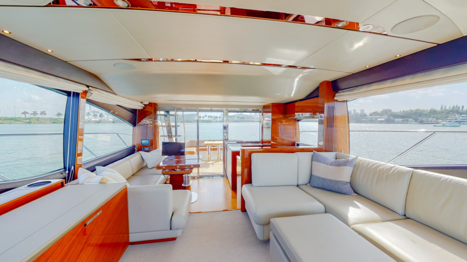 2018 Princess 65'  THAI R UP | Picture 4 of 33