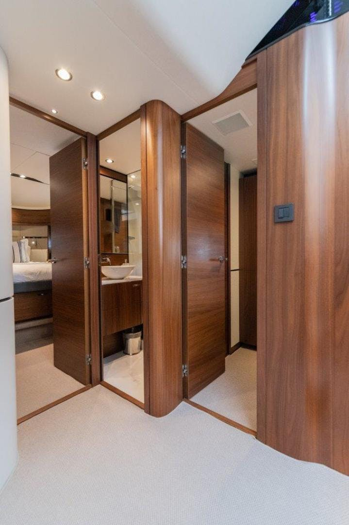 2017 Princess 65' S65 Calm Down | Picture 4 of 53