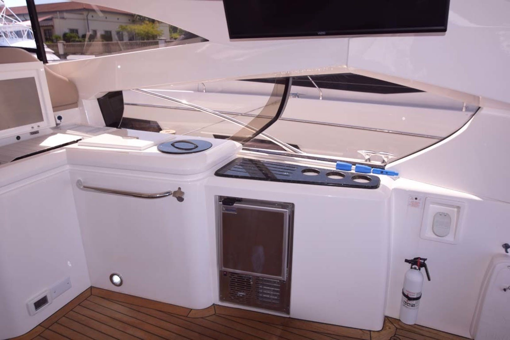 2003 Sunseeker 68' Predator Low Profile | Picture 4 of 73