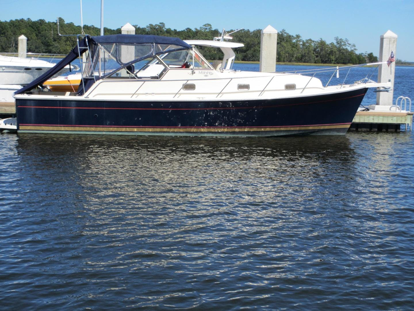 2004 Mainship 34'   | Picture 1 of 34