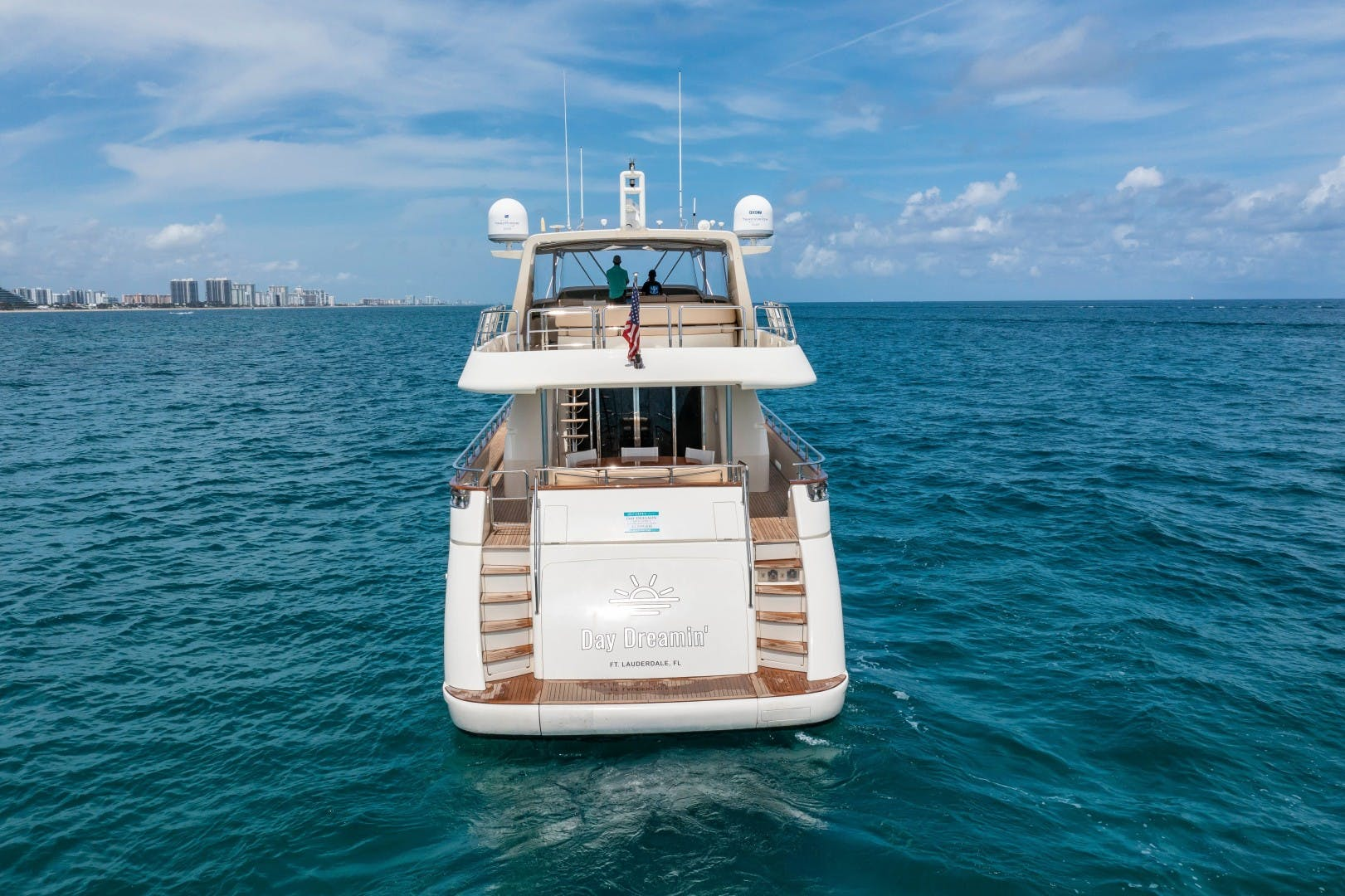 2007 Azimut 85' Ultimate DAY DREAMIN' | Picture 4 of 52