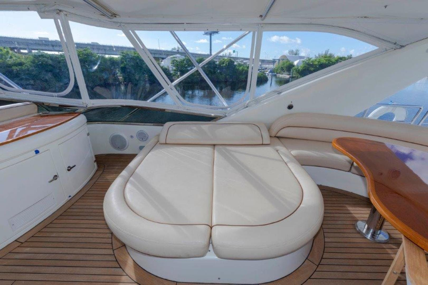 2007 Azimut 85' Ultimate DAY DREAMIN' | Picture 1 of 52