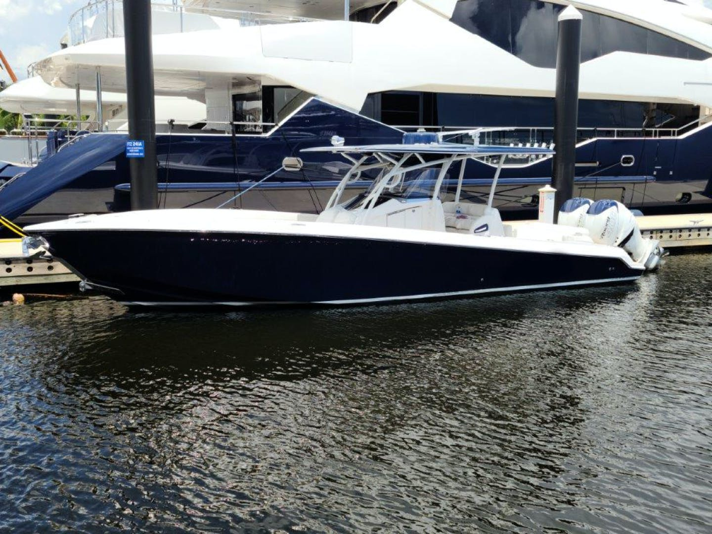 2016 Nor-Tech 34' 340 Center Console  | Picture 1 of 8