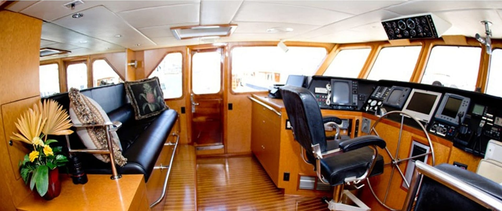 1983 DeFever 90' 90 Ocean Trawler No Limit | Picture 3 of 37