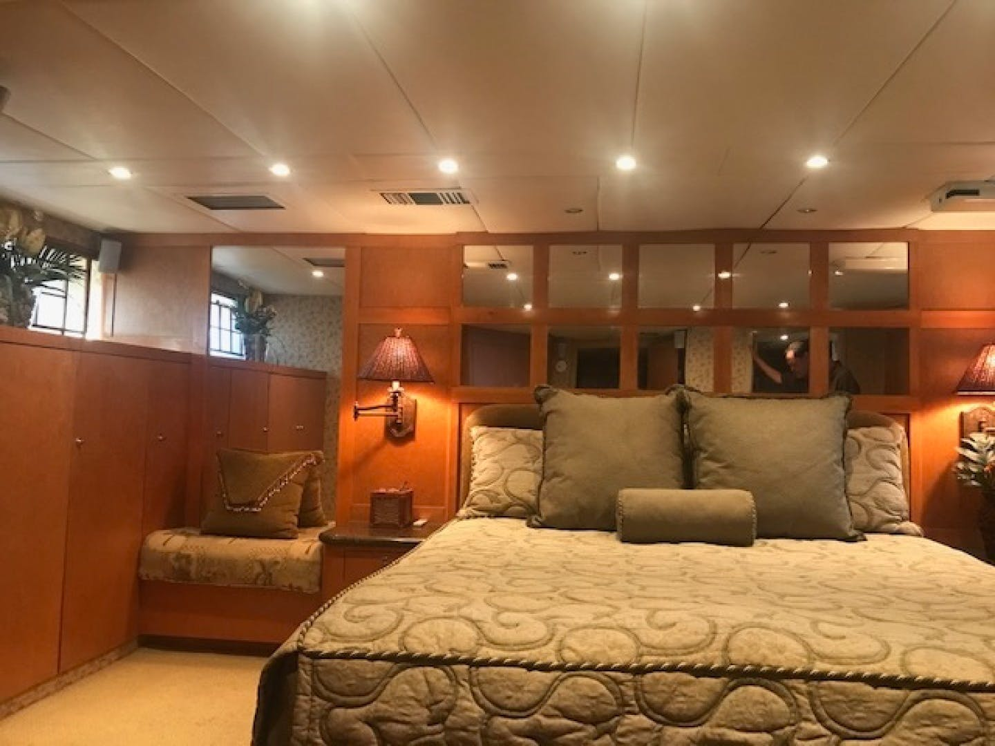 1983 DeFever 90' 90 Ocean Trawler No Limit | Picture 8 of 37