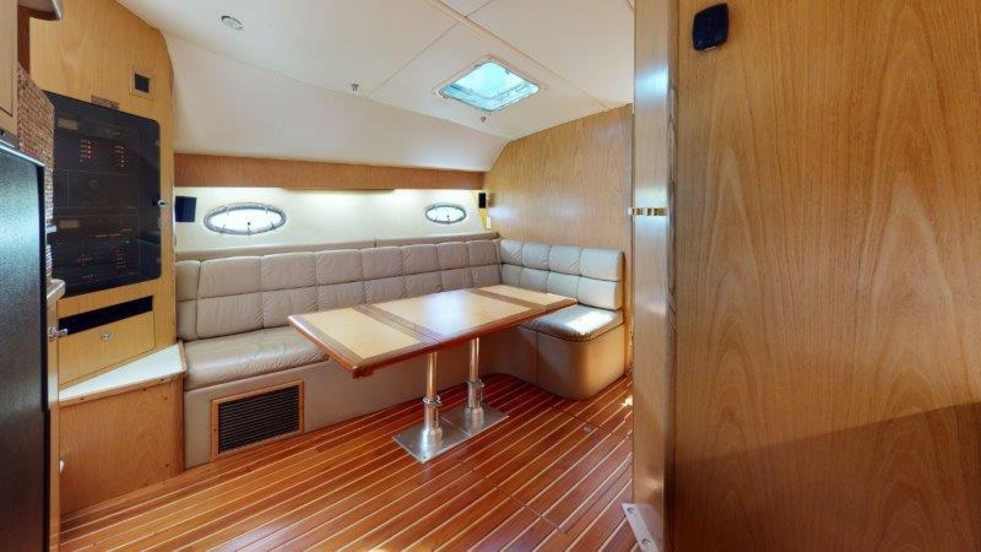 2000 Tiara Yachts 41' 4100 Open Sans Peur | Picture 3 of 28