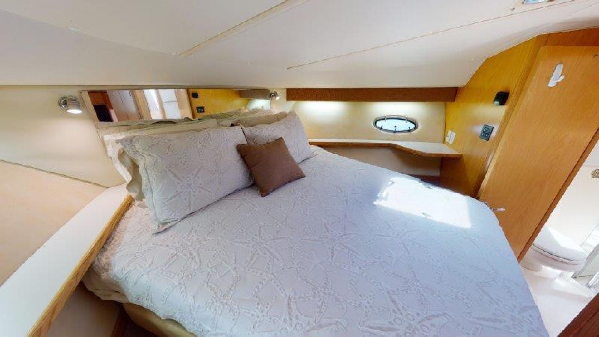 2000 Tiara Yachts 41' 4100 Open Sans Peur | Picture 7 of 28