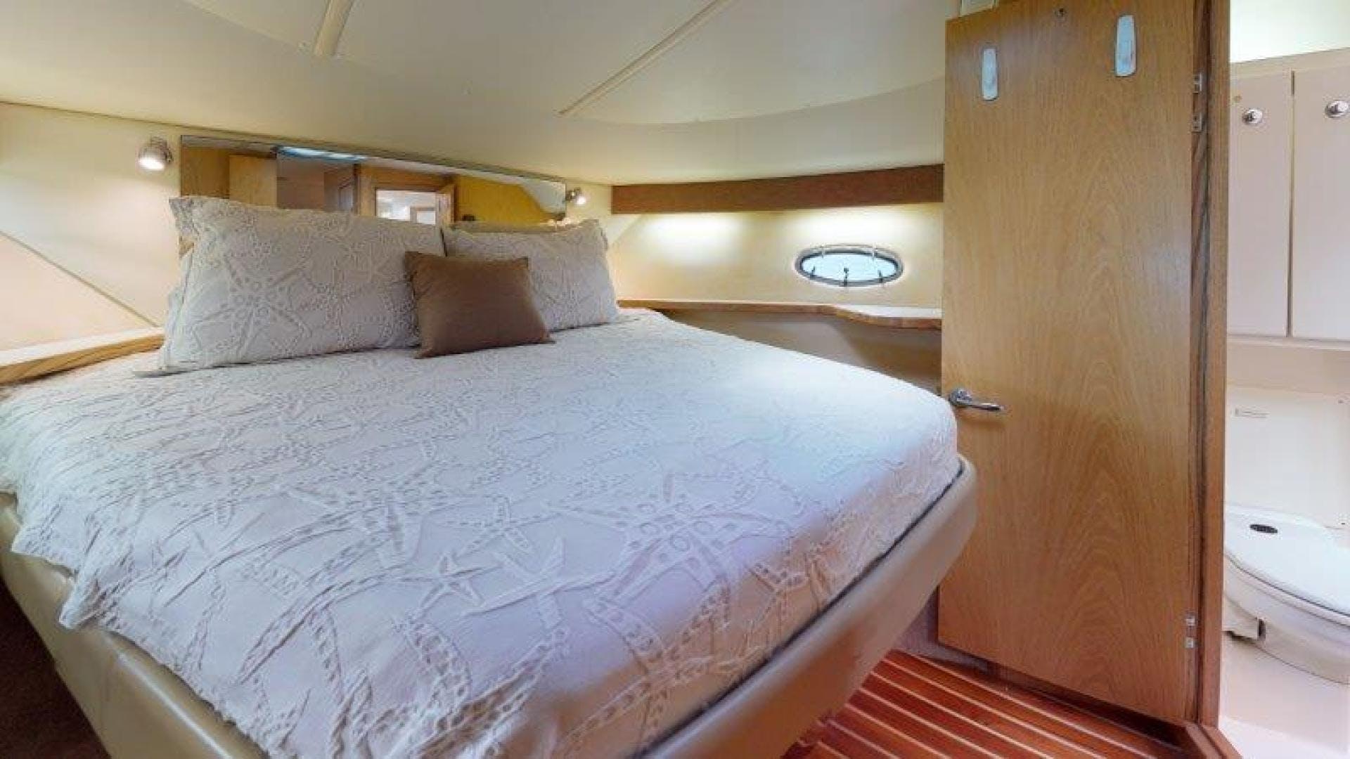 2000 Tiara Yachts 41' 4100 Open Sans Peur | Picture 6 of 28