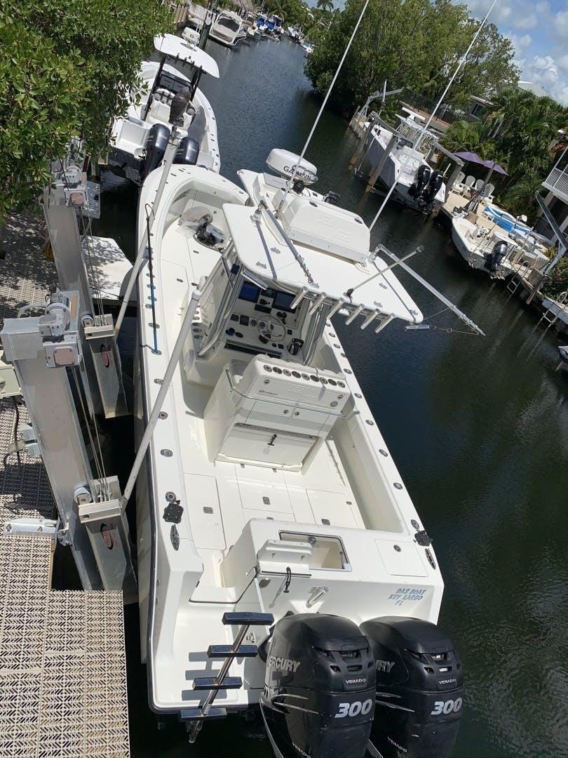 2016 SeaVee 32' 320Z Das Boat   Picture 7 of 26