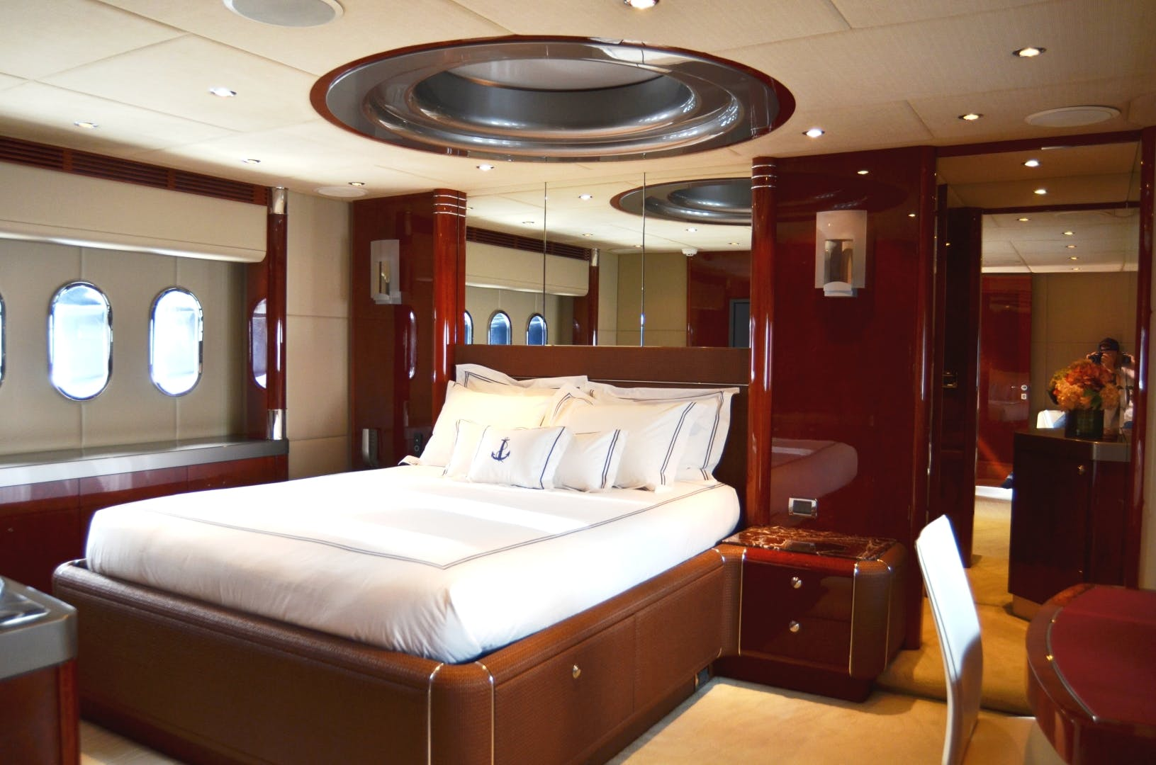 2007 Warren Yachts 87' Express Cruiser ANDIAMO | Picture 6 of 22