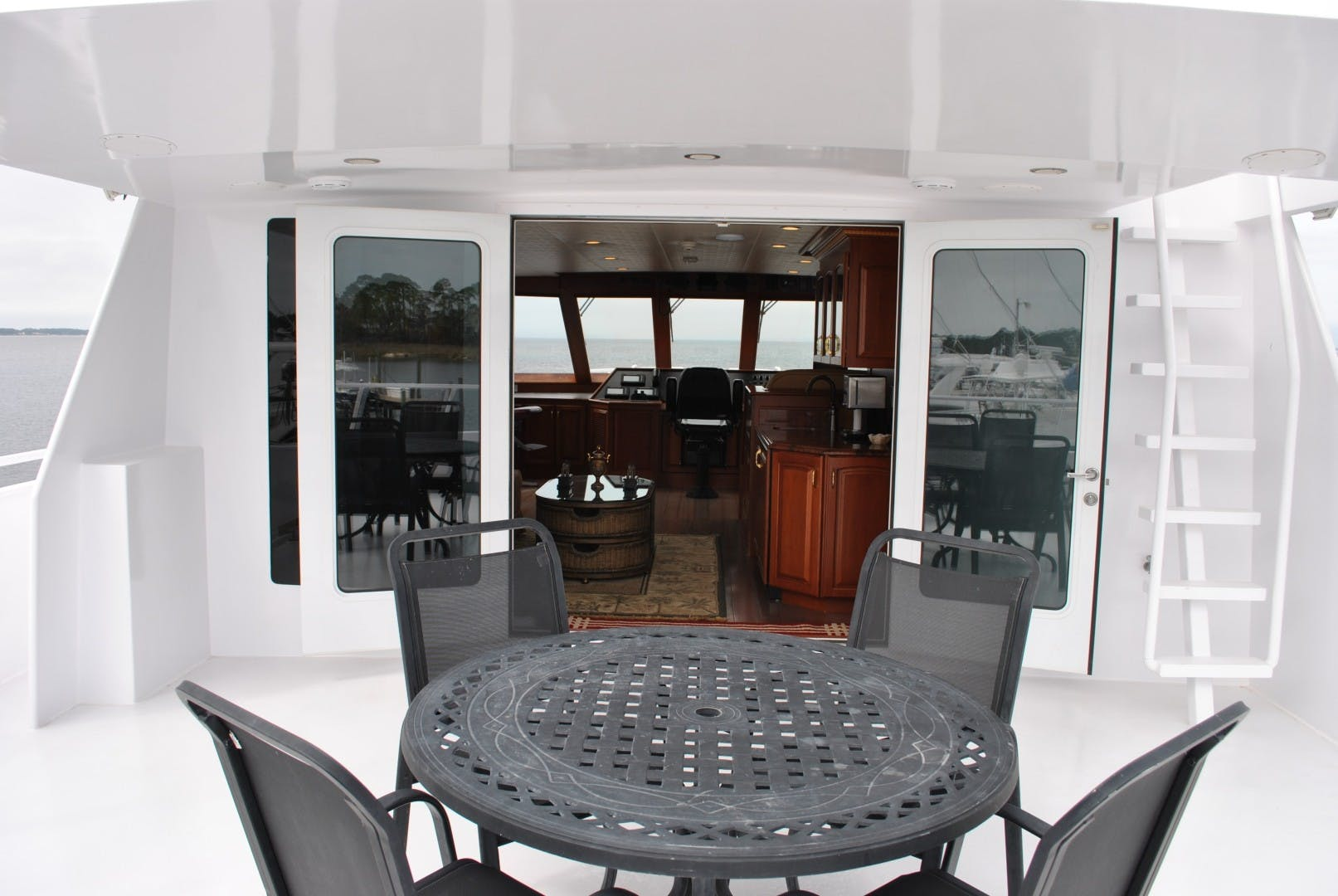 2006 Voyager 87' Tri-deck JENNY LYNNE   Picture 1 of 29