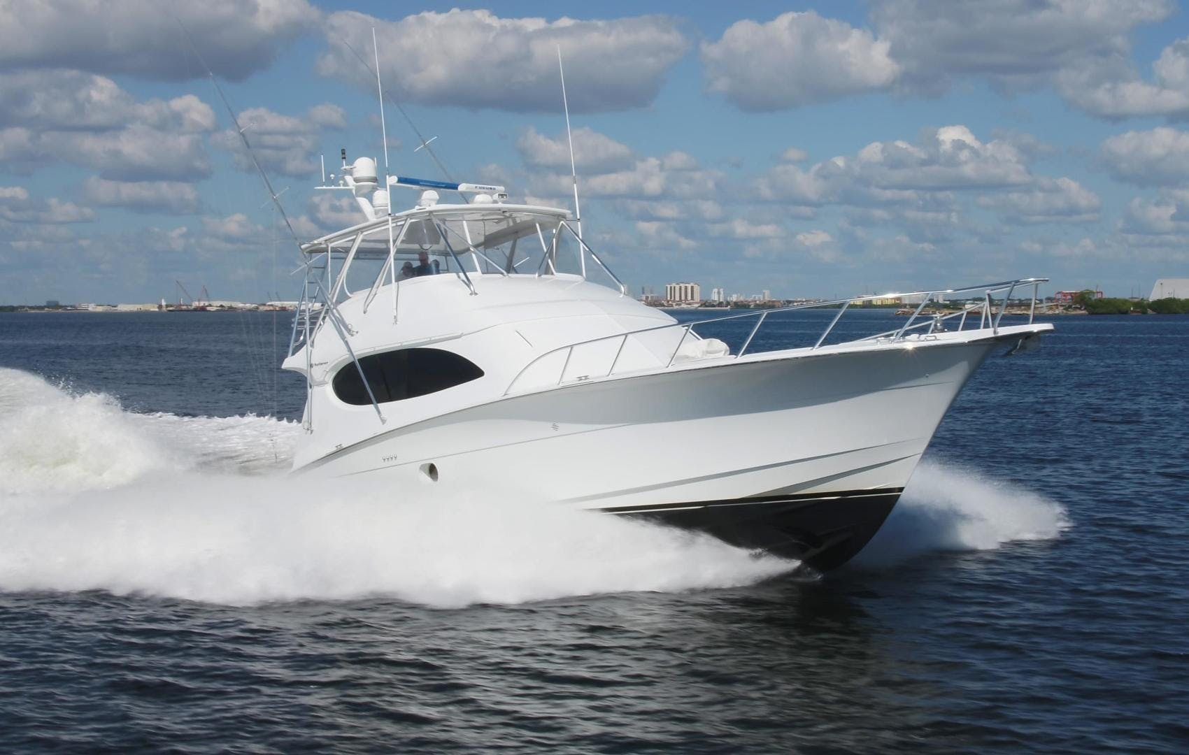 2006 Hatteras 64' Convertible ON TARGET | Picture 6 of 114
