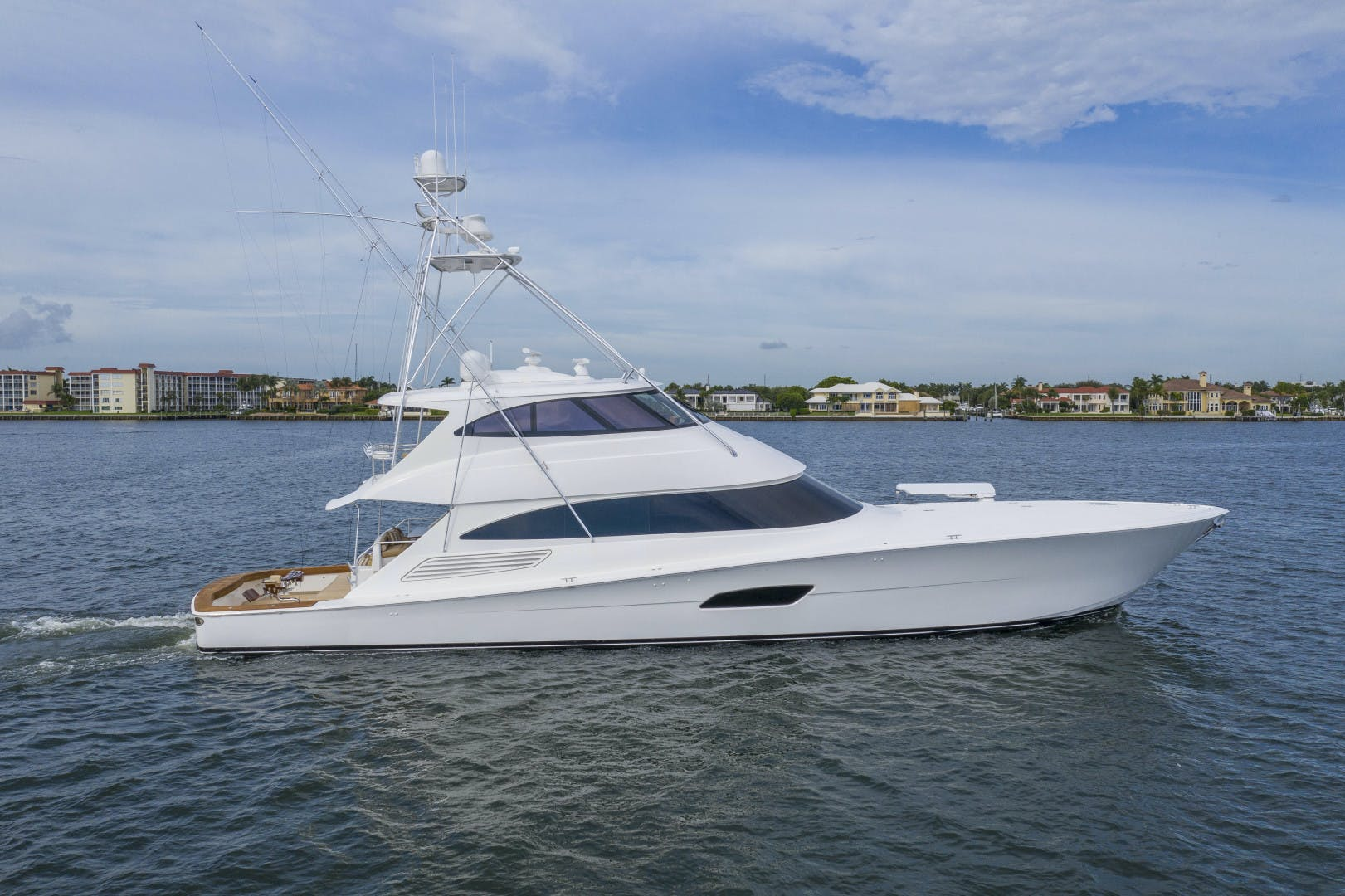 2016 Viking 92' Enclosed Bridge Sportfish Fa La Me | Picture 2 of 103