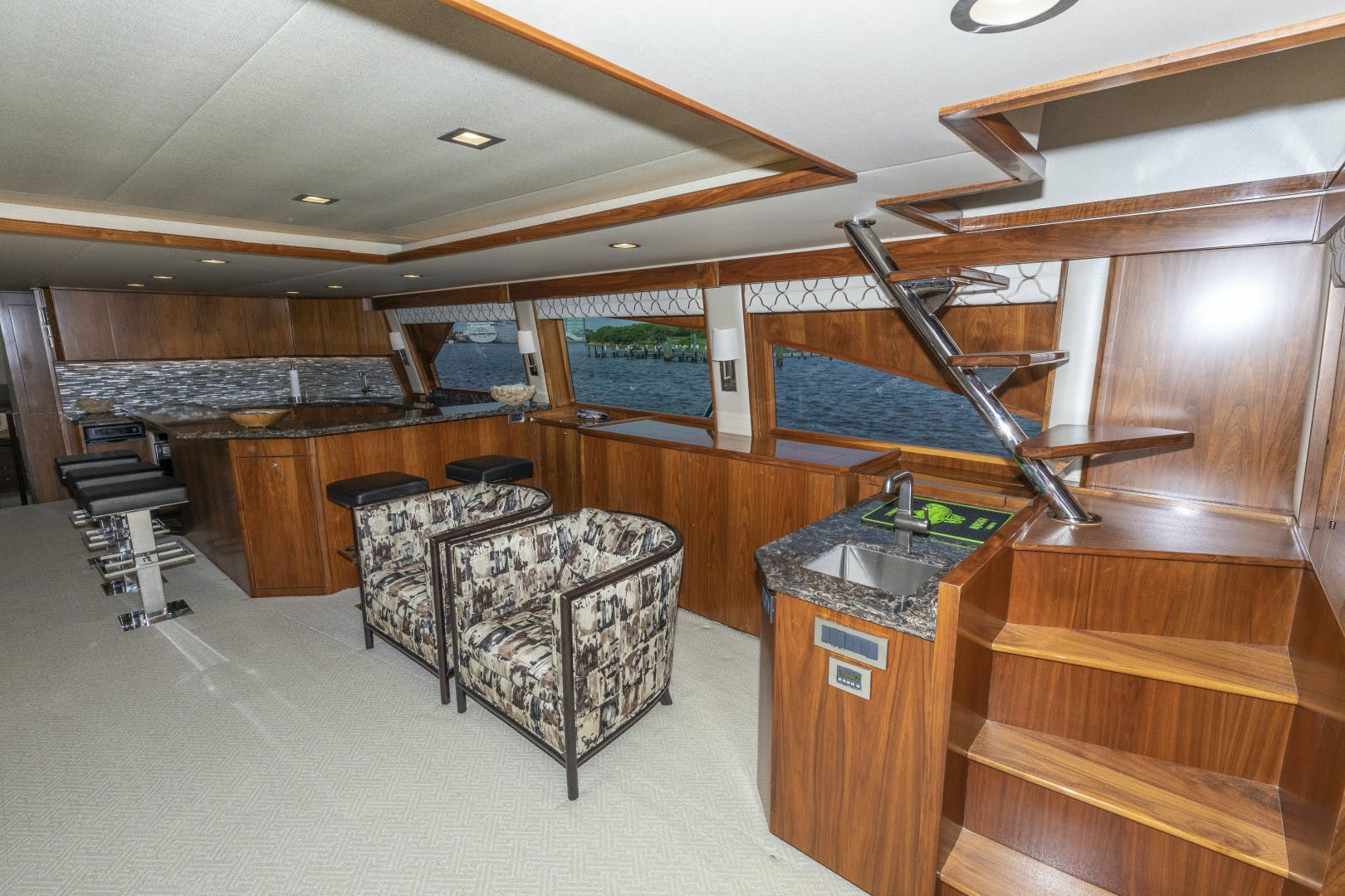 2016 Viking 92' Enclosed Bridge Sportfish Fa La Me | Picture 8 of 103