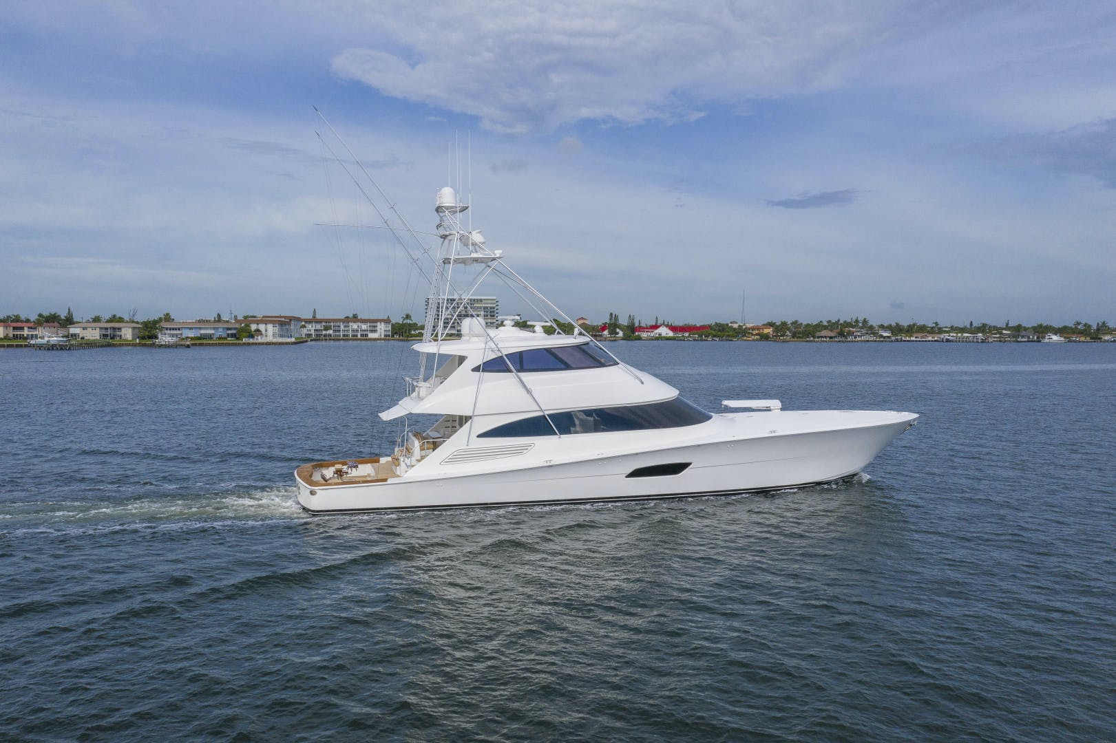 2016 Viking 92' Enclosed Bridge Sportfish Fa La Me | Picture 3 of 103