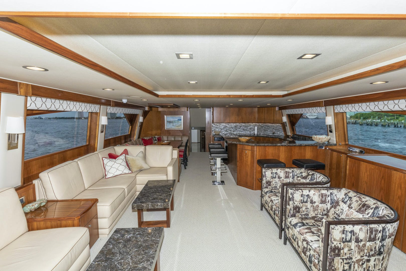 2016 Viking 92' Enclosed Bridge Sportfish Bella Dona Di | Picture 6 of 102