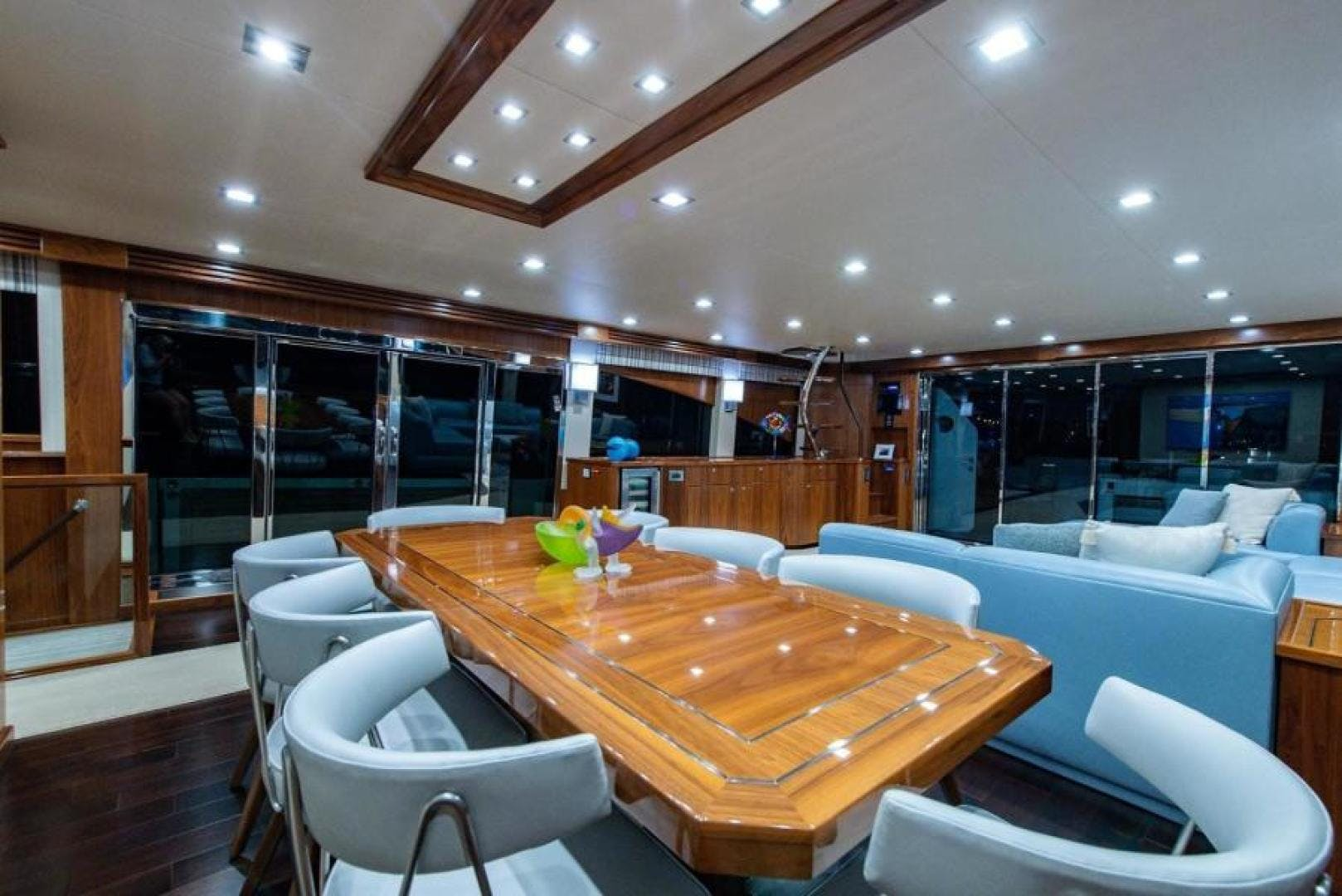 2018 Viking 93' Motoryacht Enclosed Flybridge BOOK ENDS   Picture 2 of 104