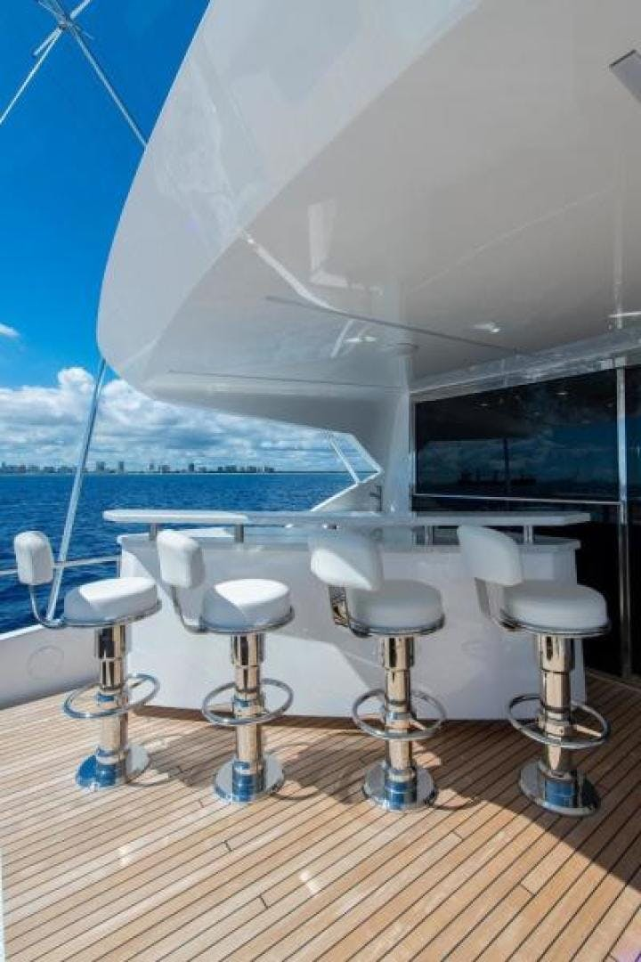 2018 Viking 93' Motoryacht Enclosed Flybridge BOOK ENDS   Picture 8 of 104