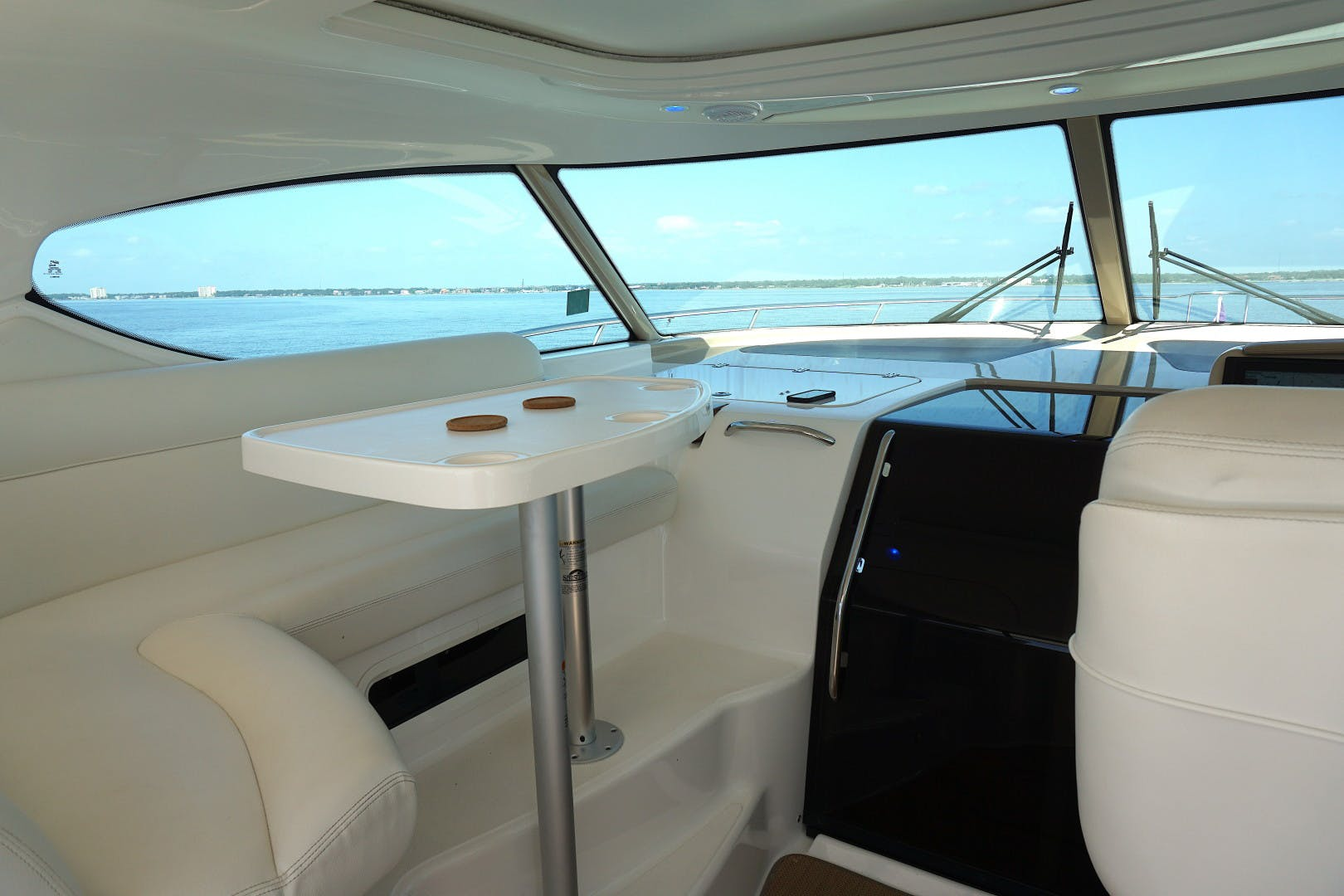 2015 Tiara Yachts 45' 45 Sovran Captain's Choice | Picture 3 of 57