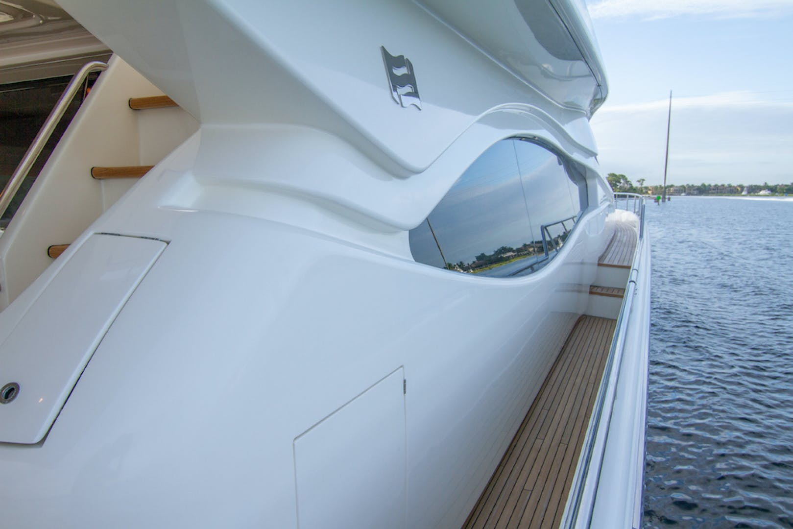 2005 Ferretti Yachts 76' 76 Sea Pal | Picture 8 of 68