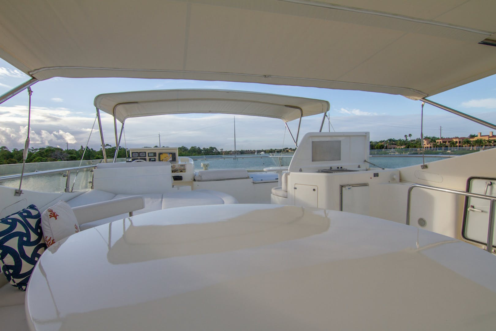 2005 Ferretti Yachts 76' 76 Sea Pal | Picture 4 of 68