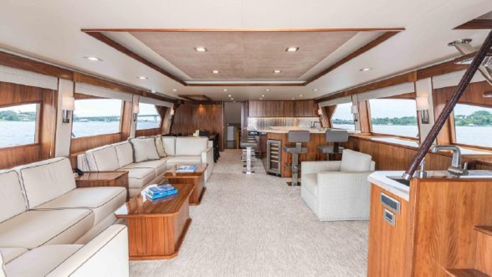 2016 Viking 92'  MAKARA | Picture 2 of 151