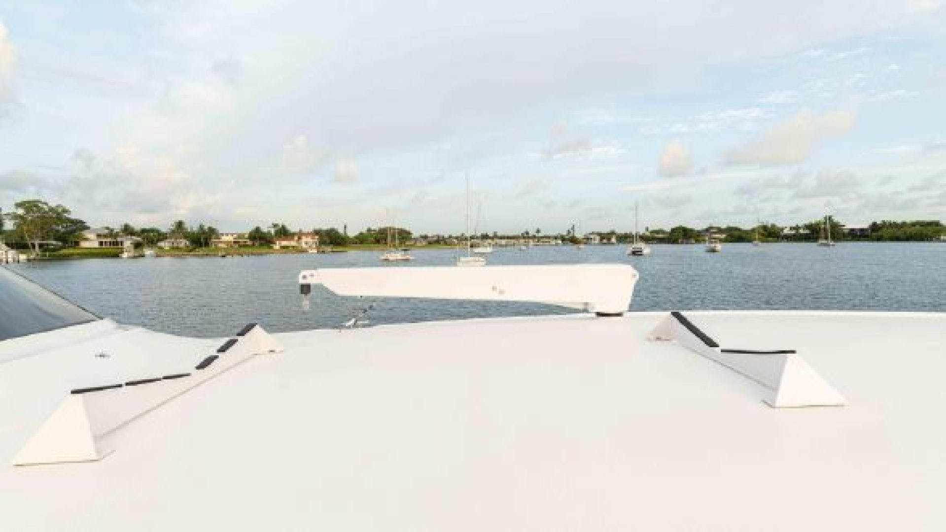 2016 Viking 92'  MAKARA | Picture 8 of 151