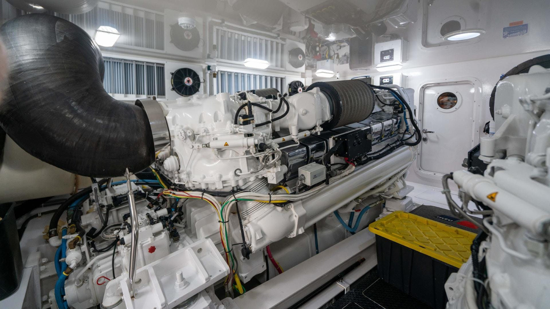 2015 Viking 70' Sport Fish PIPE DREAMER | Picture 4 of 112