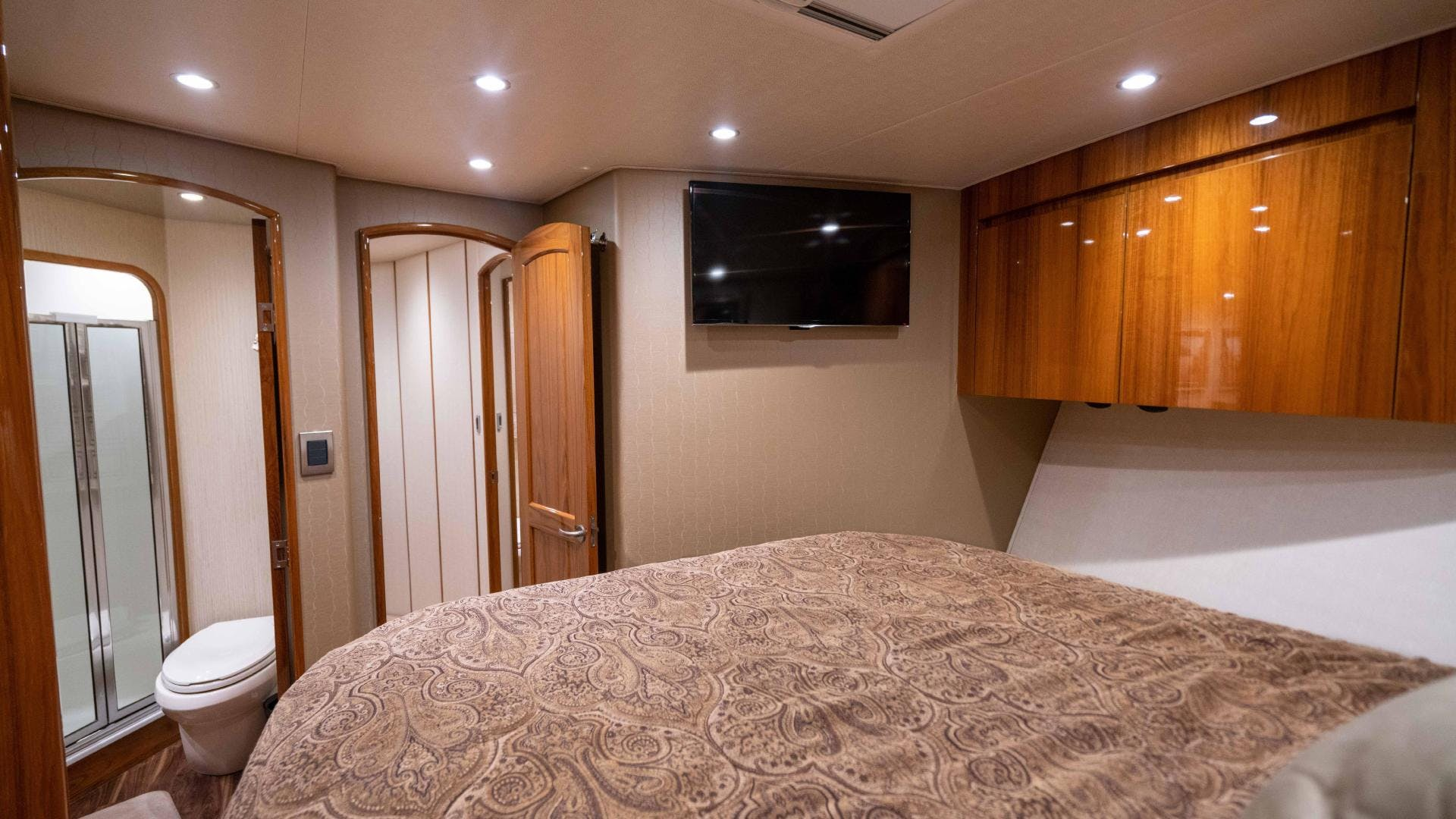 2015 Viking 70' Sport Fish PIPE DREAMER | Picture 8 of 112