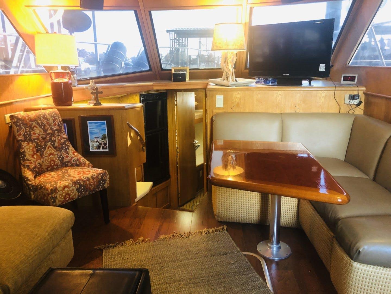 1995 Hatteras 42' Cockpit Motor Yacht EZ2NJOY   Picture 1 of 99
