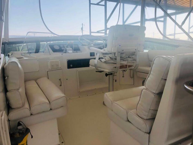 1995 Hatteras 42' Cockpit Motor Yacht EZ2NJOY   Picture 4 of 99
