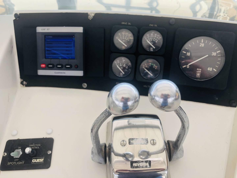 1995 Hatteras 42' Cockpit Motor Yacht EZ2NJOY   Picture 3 of 99