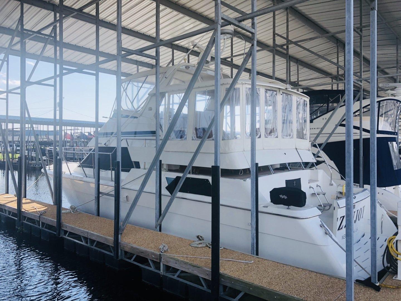 "1995 Hatteras 42' Cockpit Motor Yacht ""EZ2NJOY"""