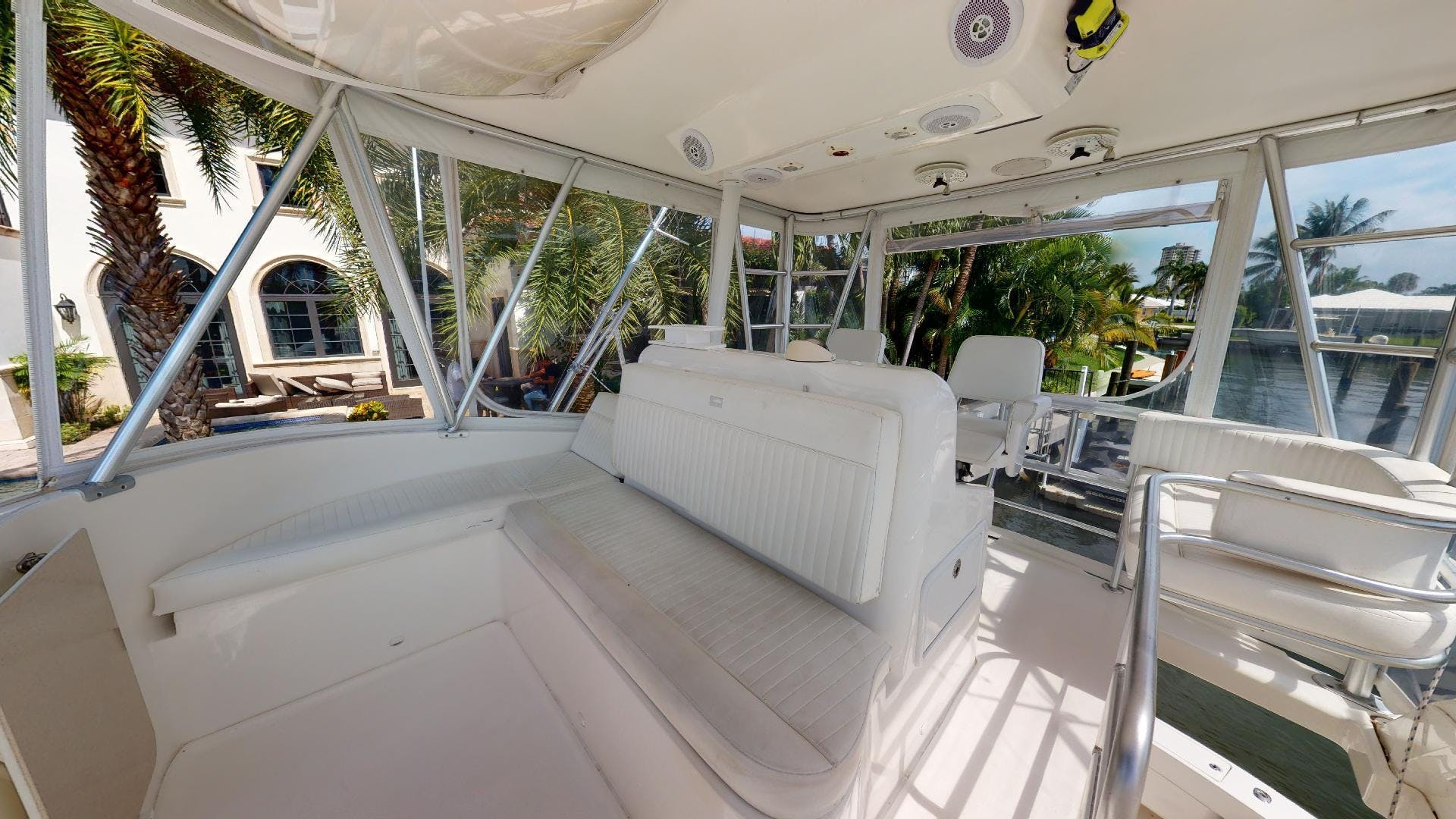 2007 Luhrs 41' Convertible Daddy Perks | Picture 3 of 34