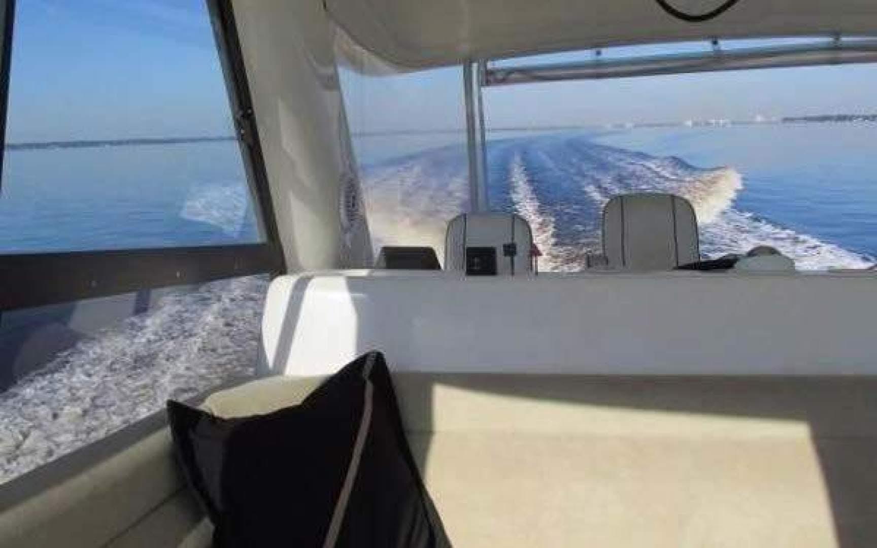 2001 Riviera 48'  Ocean Dream  | Picture 2 of 82