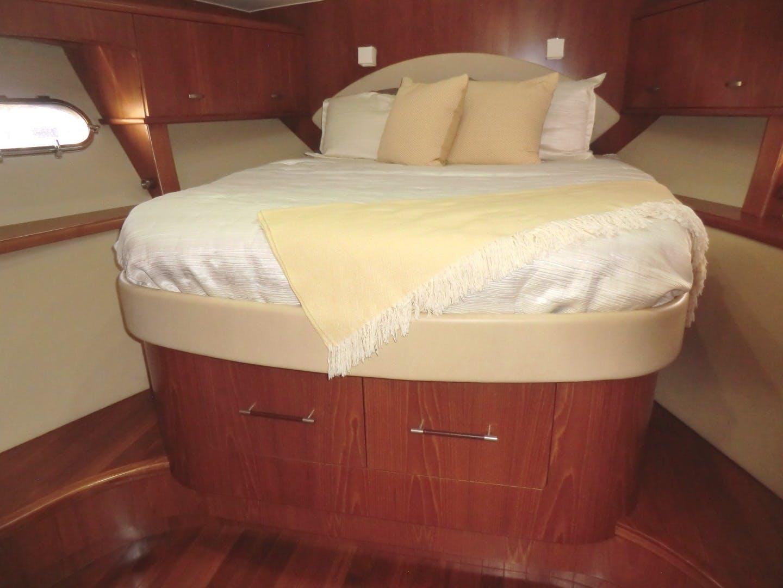 2009 Tiara Yachts 58' 5800 Sovran Galati Yacht Sales Trade | Picture 5 of 49