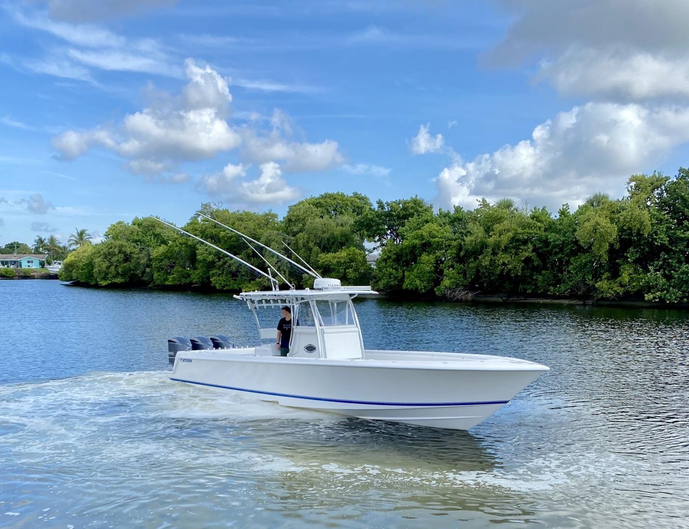 39' Contender 2016 ST  Offshore Asset