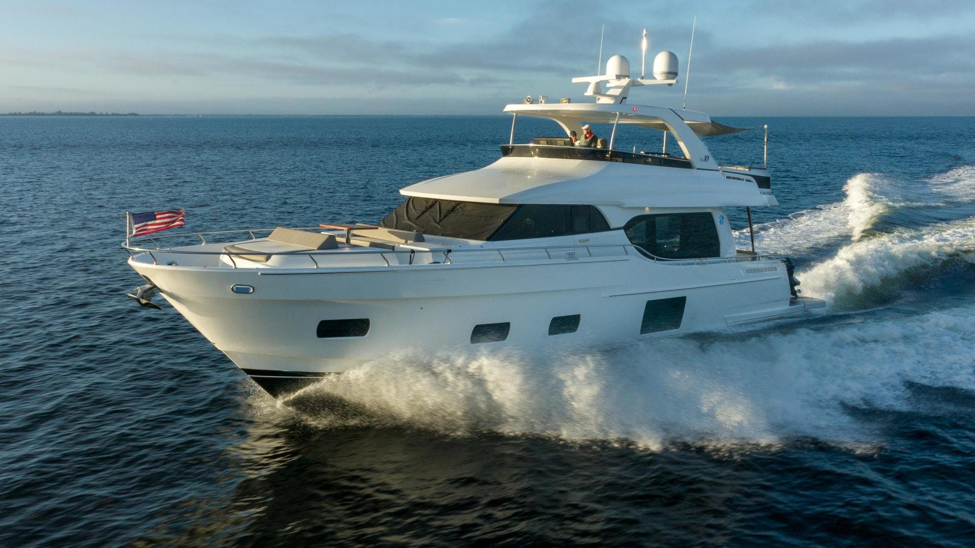 2018 Ocean Alexander 70' 70e WELL DONE   Picture 2 of 50