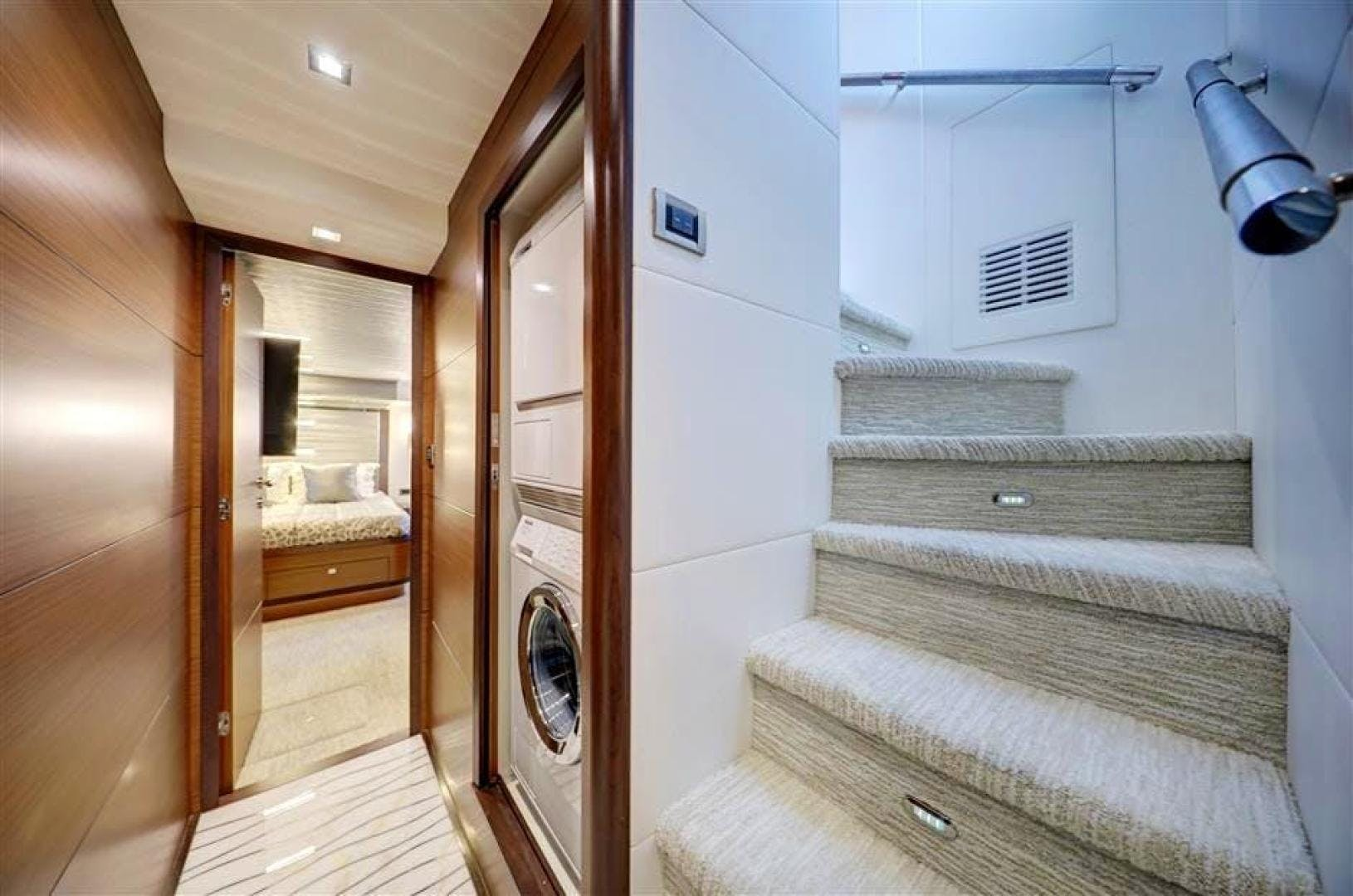 2018 Ocean Alexander 70' 70e WELL DONE   Picture 5 of 50
