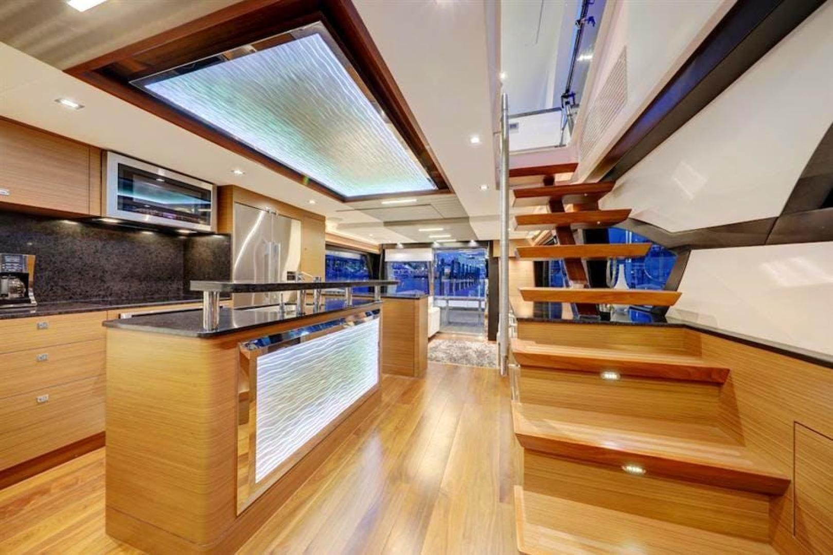 2018 Ocean Alexander 70' 70e WELL DONE   Picture 1 of 50
