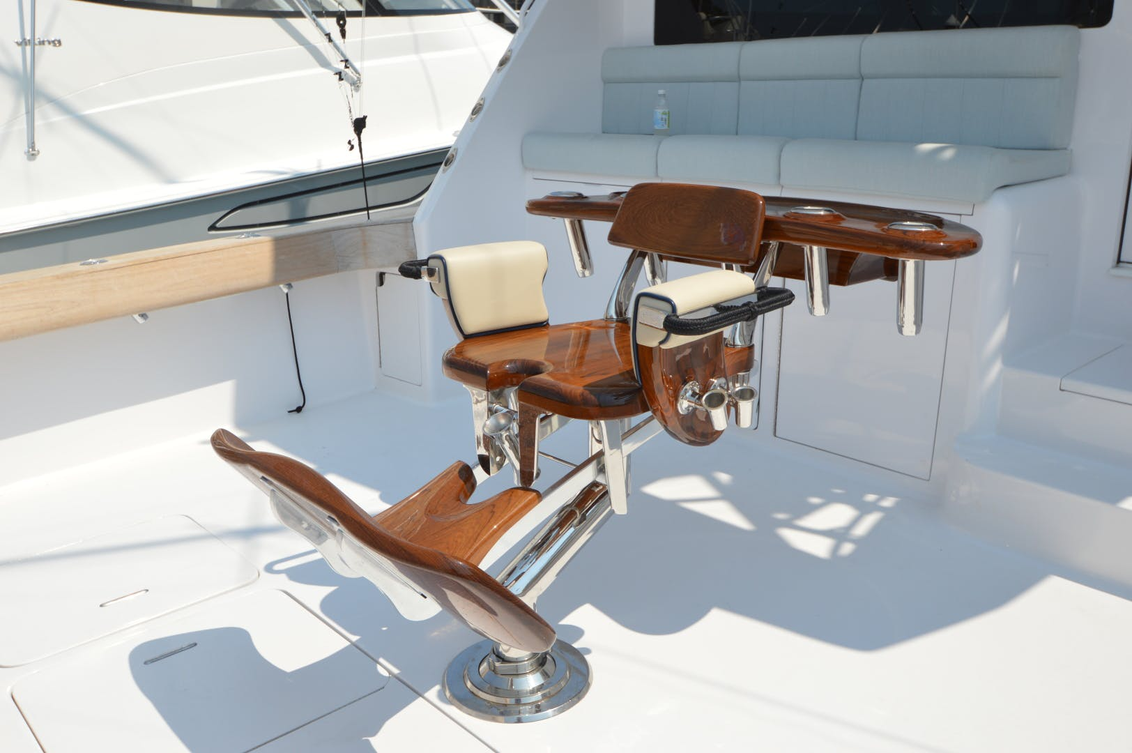 2003 Viking 61' 61 Convertible Reel Naughty   Picture 4 of 89