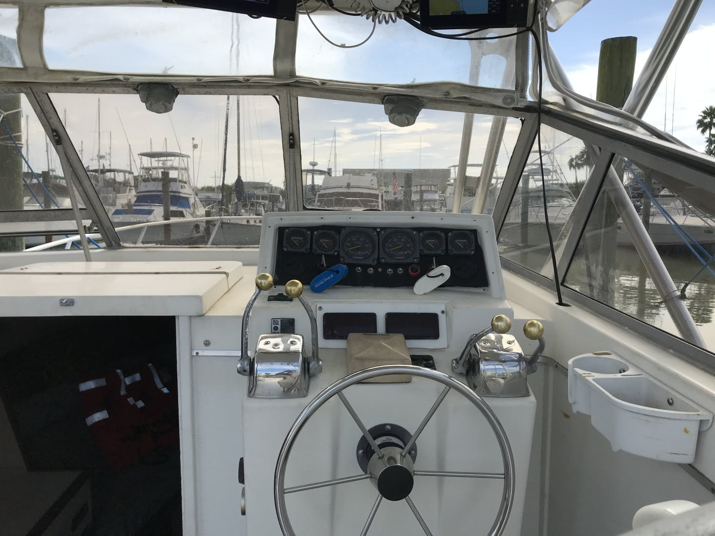 1987 Topaz 29' Express Sportfish Main Squeeze | Picture 5 of 14