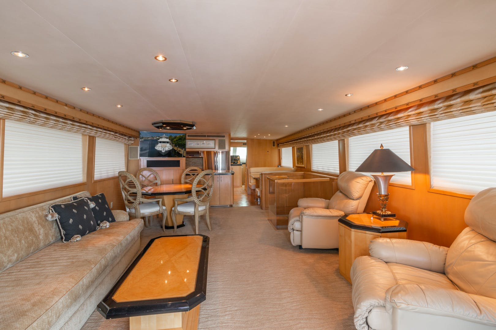 1998 Hatteras 74' Sport Deck No Name | Picture 4 of 72