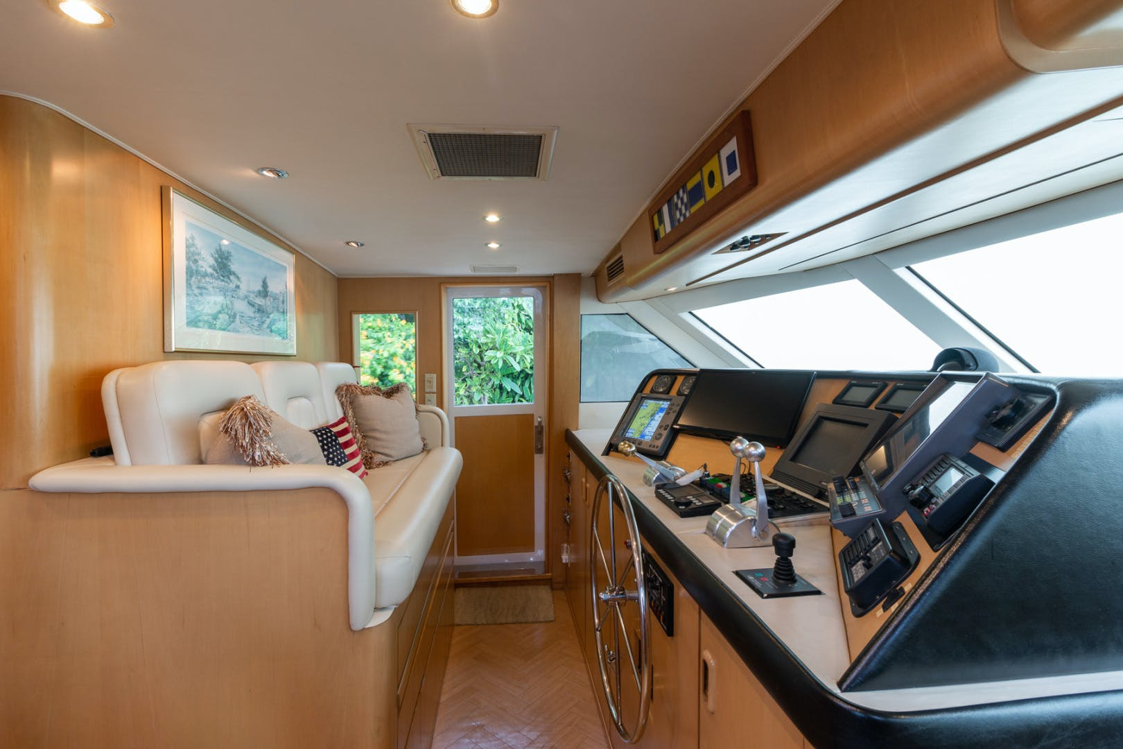 1998 Hatteras 74' Sport Deck No Name | Picture 2 of 72