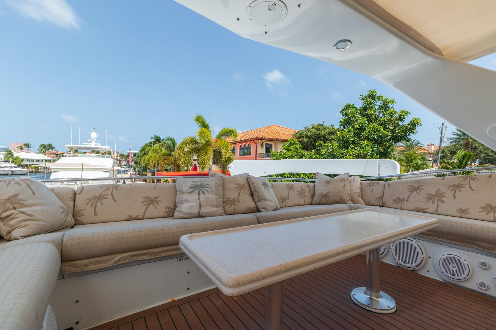 1998 Hatteras 74' Sport Deck No Name | Picture 1 of 72